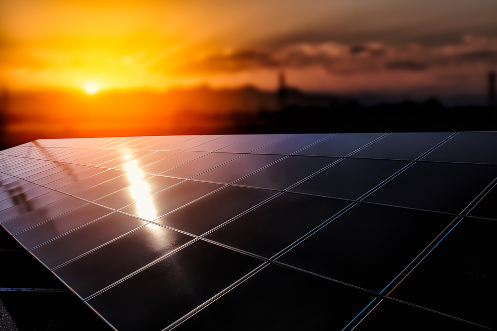 صيانة ألواح الطاقة الشمسية
